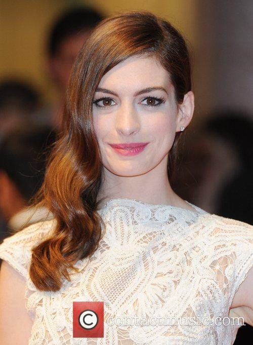 Anne Hathaway 22