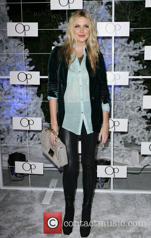 Stephanie Pratt 5