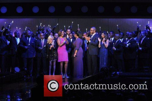 Kristin Chenoweth, Gayle King, Maria Shriver, Oprah Winfrey and Tyler Perry 3