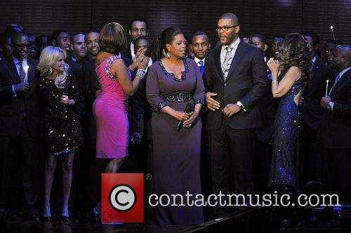 Kristin Chenoweth, Gayle King, Maria Shriver, Oprah Winfrey and Tyler Perry 2