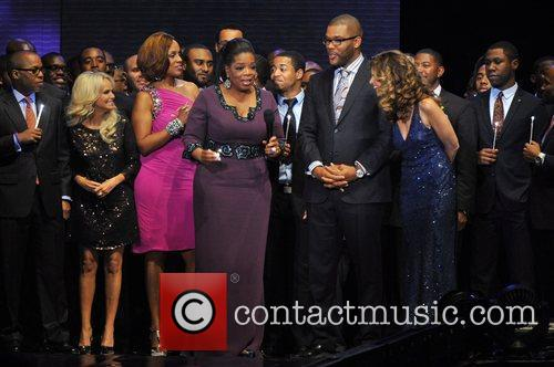 Kristin Chenoweth, Gayle King, Maria Shriver, Oprah Winfrey and Tyler Perry 1