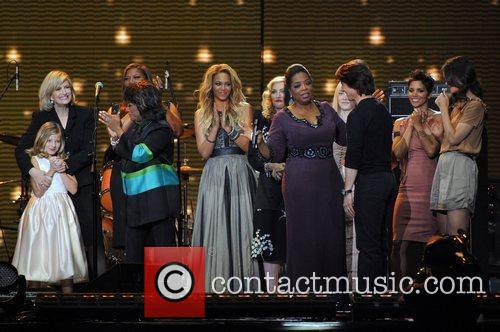 Patti Labelle, Beyonce Knowles, Dakota Fanning, Madonna, Oprah Winfrey and Tom Cruise 4