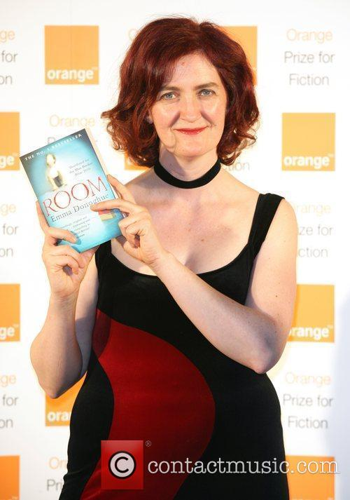 Emma Donoghue Orange Prize for Fiction 2011 -...