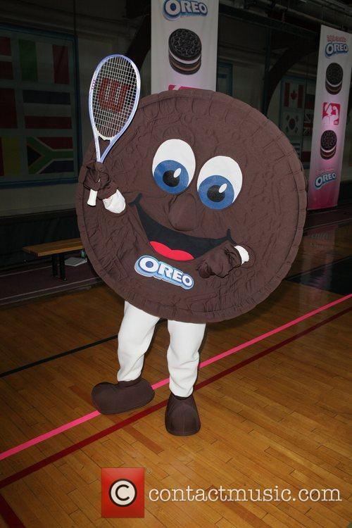 Launch the Triple Double Oreo cookie game day...