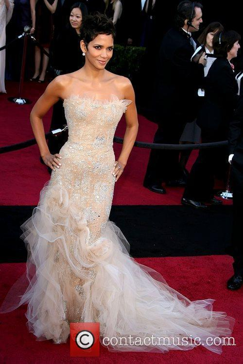 Halle Berry, Academy Of Motion Pictures And Sciences and Academy Awards 2