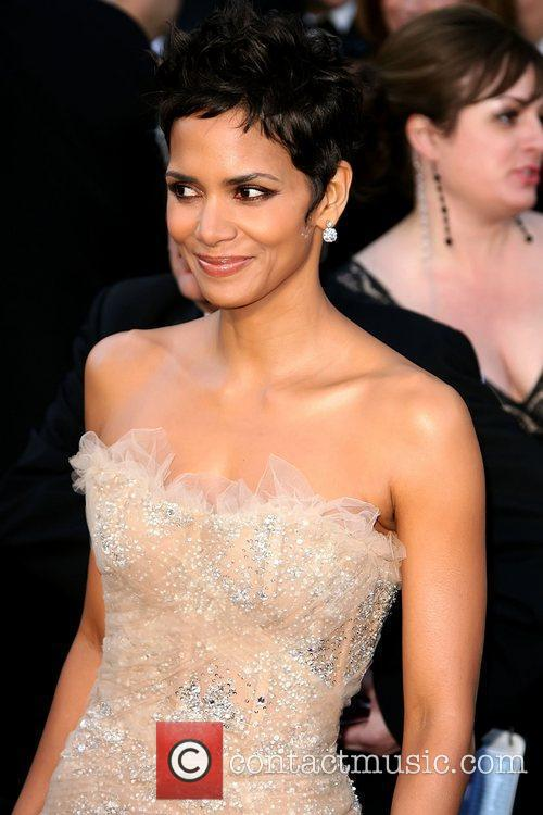 Halle Berry, Academy Of Motion Pictures And Sciences and Academy Awards 4