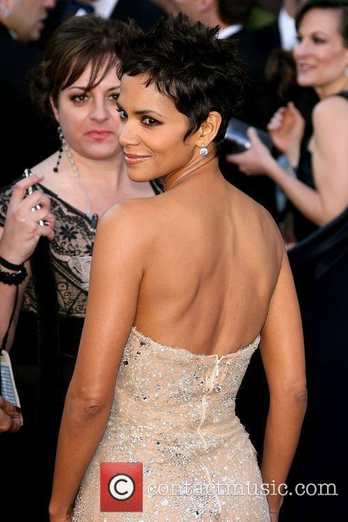 Halle Berry, Academy Of Motion Pictures And Sciences and Academy Awards 5