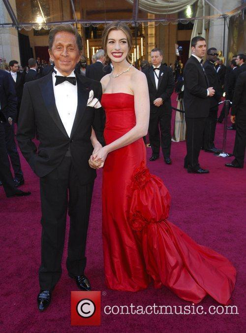 Valentino, Anne Hathaway, Academy Awards and Kodak Theatre 4