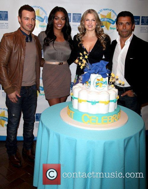 Pampers partners with celebrity parents to kick off...