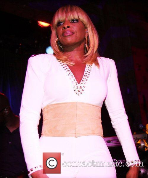 Mary J Blige and Hiro Ballroom 4