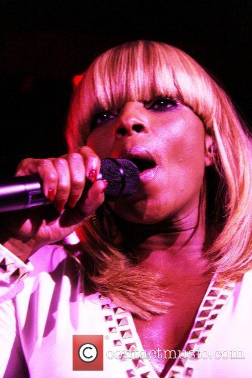 Mary J Blige and Hiro Ballroom 1