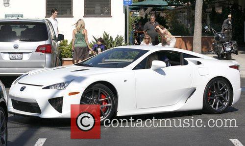 Paris Hilton leaves Malibu Country Mart in her...