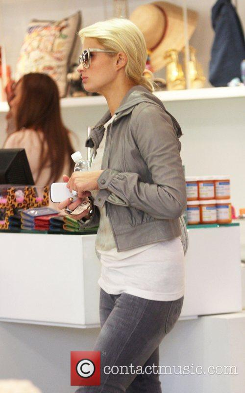 Paris Hilton shopping at Kitson in Los Angeles