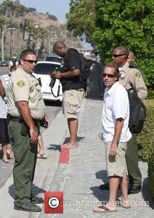 Man arrested outside Hilton's home  A man...