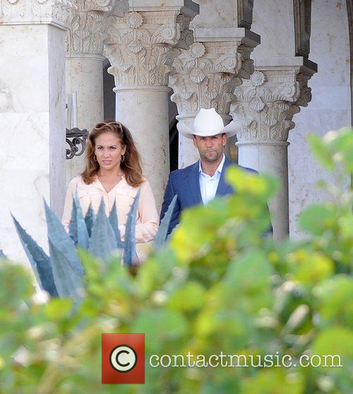 Jennifer Lopez and Jason Statham 16