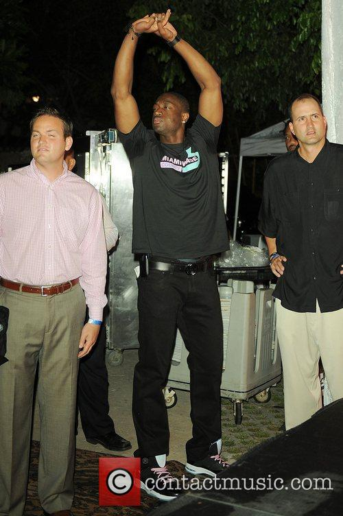 Dwyane Wade hosts a Party with a Purpose'...