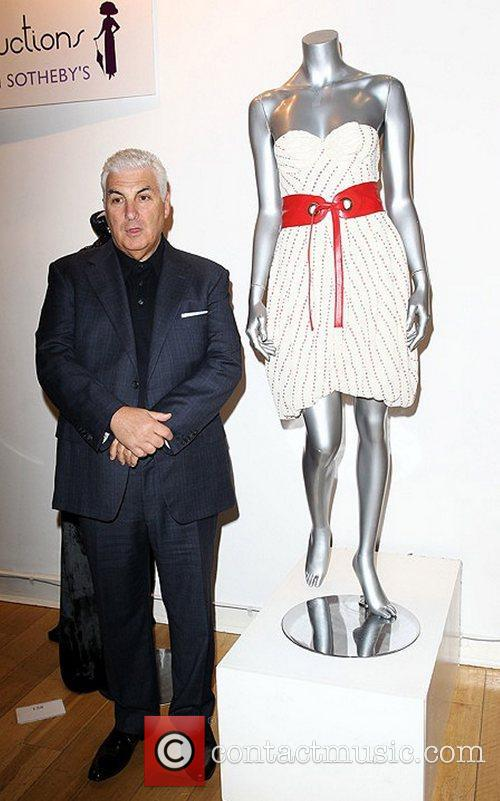 Mitch Winehouse with Amy Winehouse's dress  Passion...