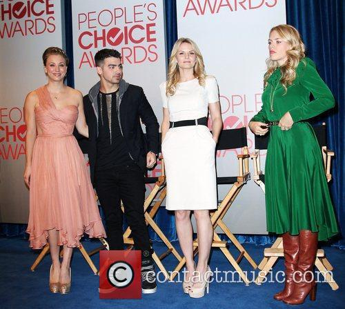 Kaley Cuoco, Busy Philipps, Jennifer Morrison, Joe Jonas and Paley Center For Media 3