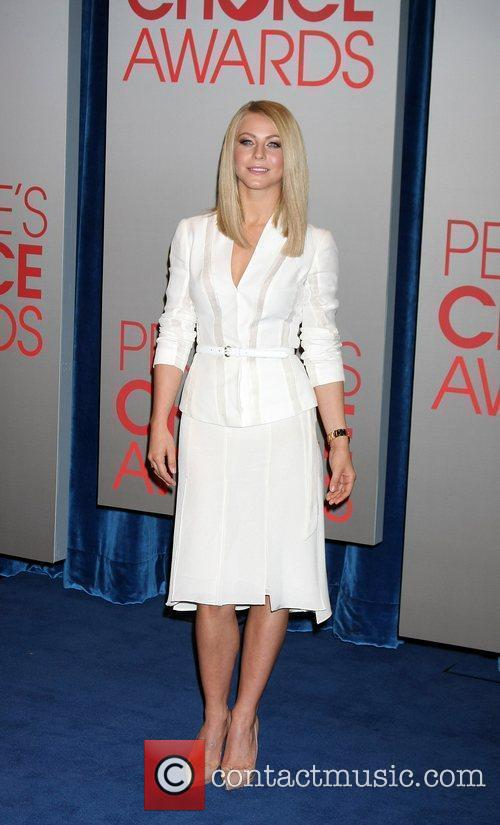 Julianne Hough  People's Choice Awards 2012 nominations...