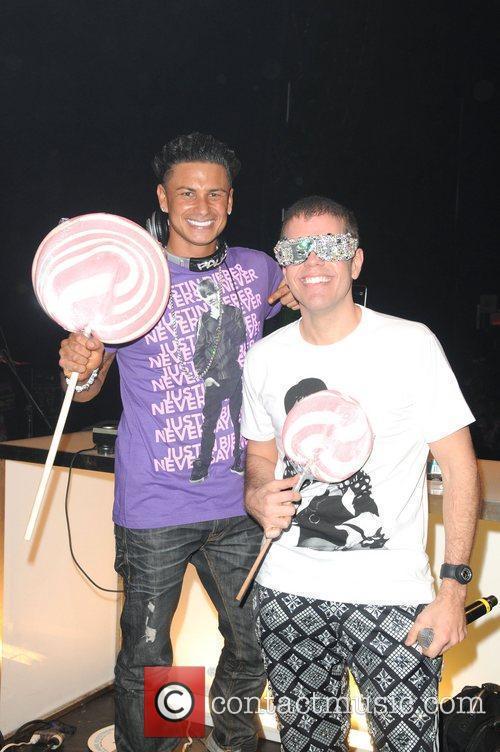 DJ Pauly D, Perez Hilton Opensky Presents Perez...