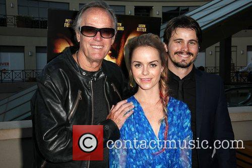 Peter Fonda, Jason Ritter and Taryn Manning 7