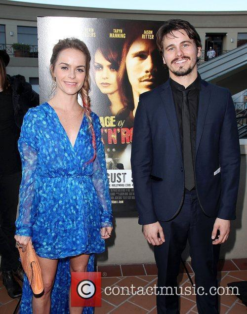 Taryn Manning and Jason Ritter 10
