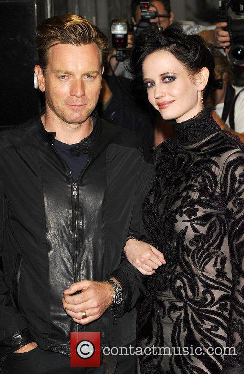 Ewan Mcgregor and Eva Green 1