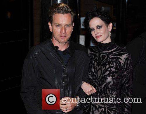 Ewan Mcgregor and Eva Green 7