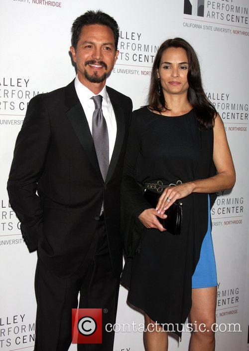 Benjamin Bratt and Talisa Soto 3