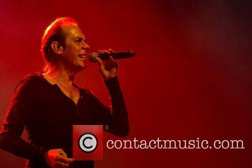 Peter Murphy and Coliseu Dos Recreios 1
