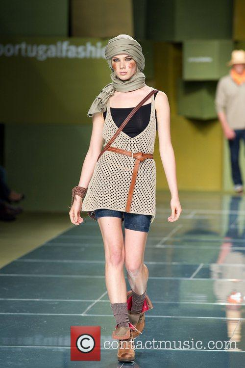 Portugal Fashion Week Spring/Summer 2012 - Alexandrine Cadilhe...