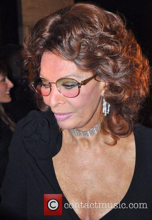 Sophia Loren and Giorgio Armani 1