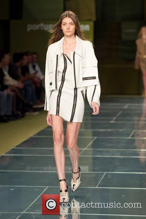 Portugal Fashion Week Spring/Summer 2012 - Felipe Oliveira...