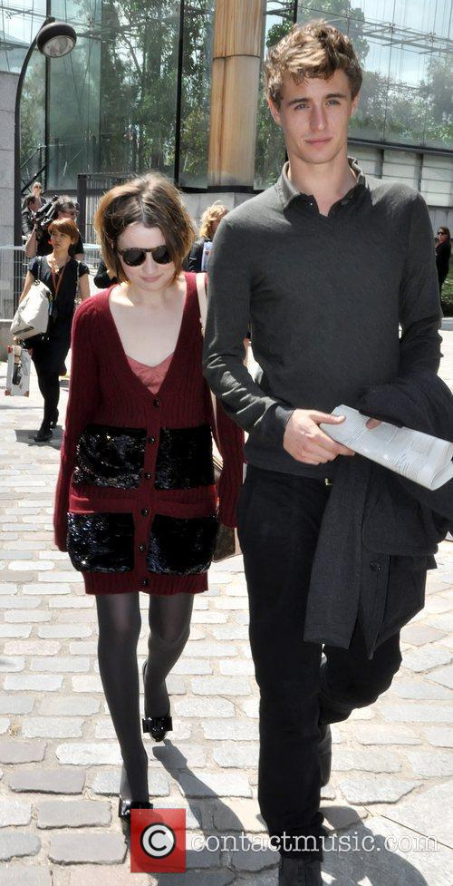 Emily Browning and Max Irons 2