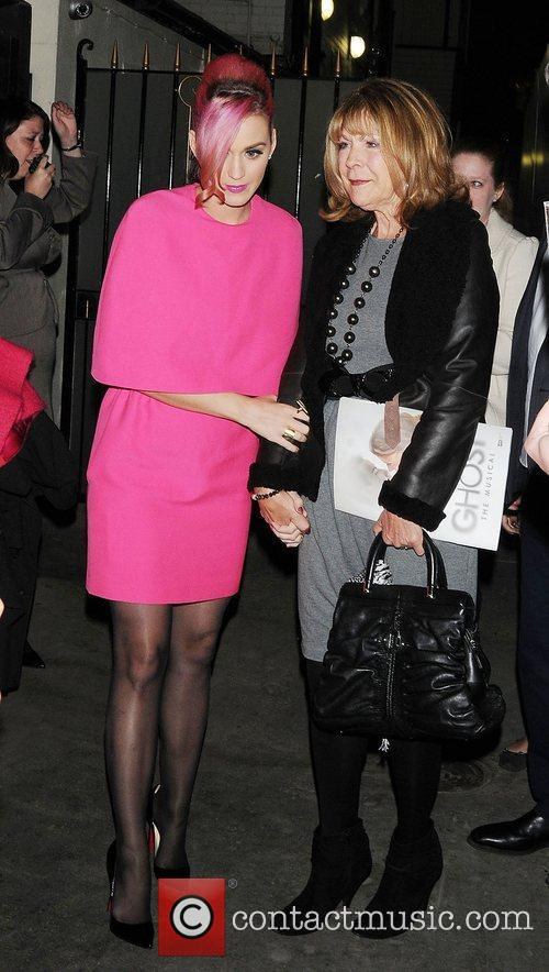 katy perry in shocking pink leaving the 3562613