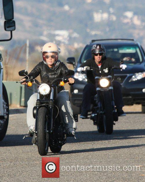 Pink and Carey Hart 4