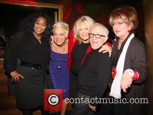 Kym Mazelle, Denise Welsh, Sherrie Hewson, Leslie Jordan,...