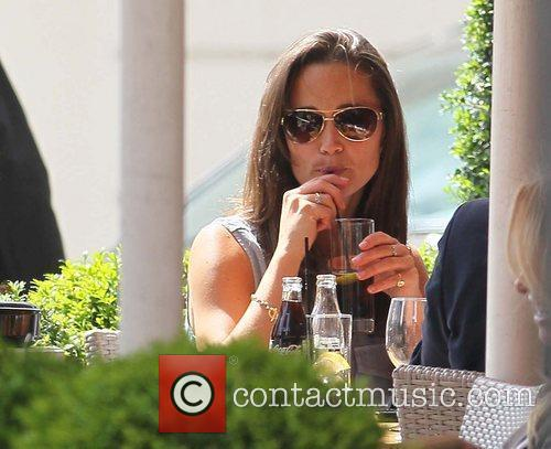 Pippa Middleton having lunch with friends London, England