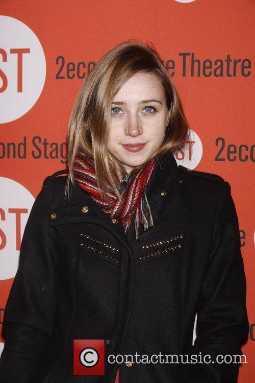 Zoe Kazan 8