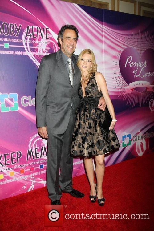 Brad Garrett, Isabella Quellas Memory Alive: Power Of...