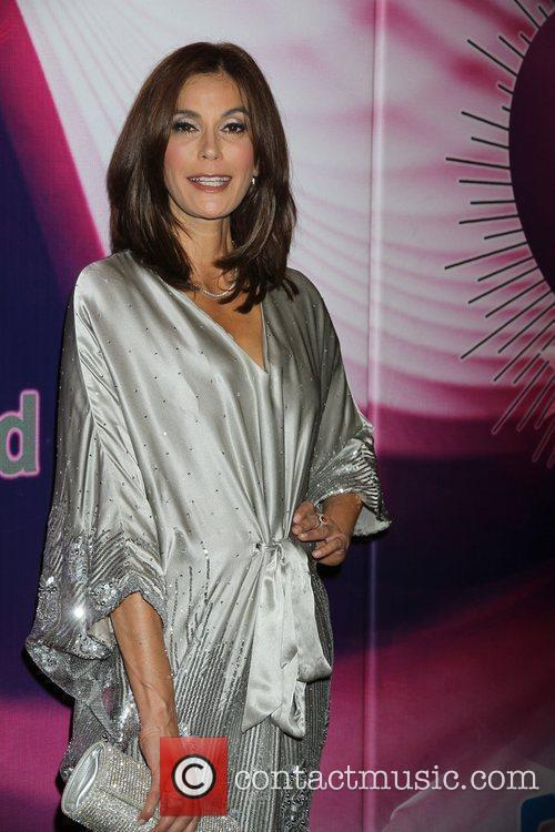 Teri Hatcher Memory Alive: Power Of Love Gala...