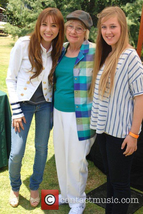 Camryn Molnar And Kathryn Joosten 9
