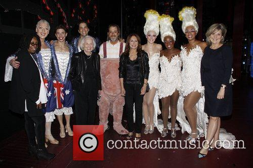 Whoopi Goldberg, Anastacia, Cynthia Mcfadden, David Johnson, Liz Smith, Marlo Thomas and Nick Adams 1