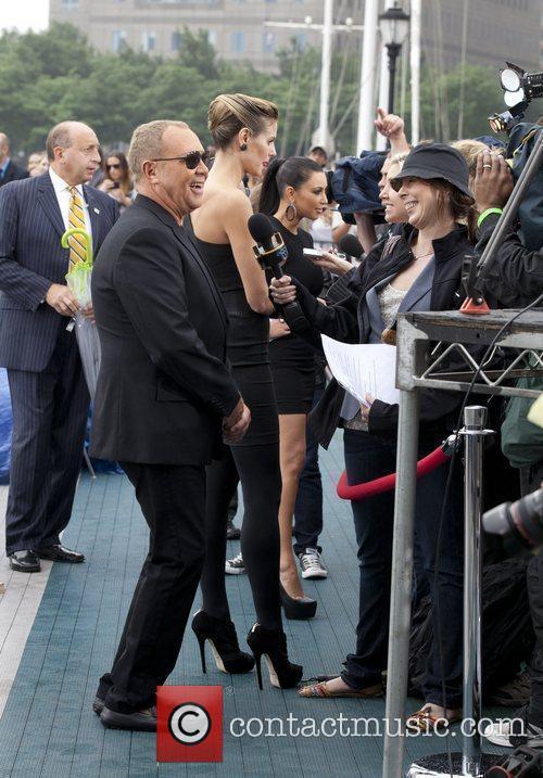 Kim Kardashian, Heidi Klum, Michael Kors and Nina Garcia 10