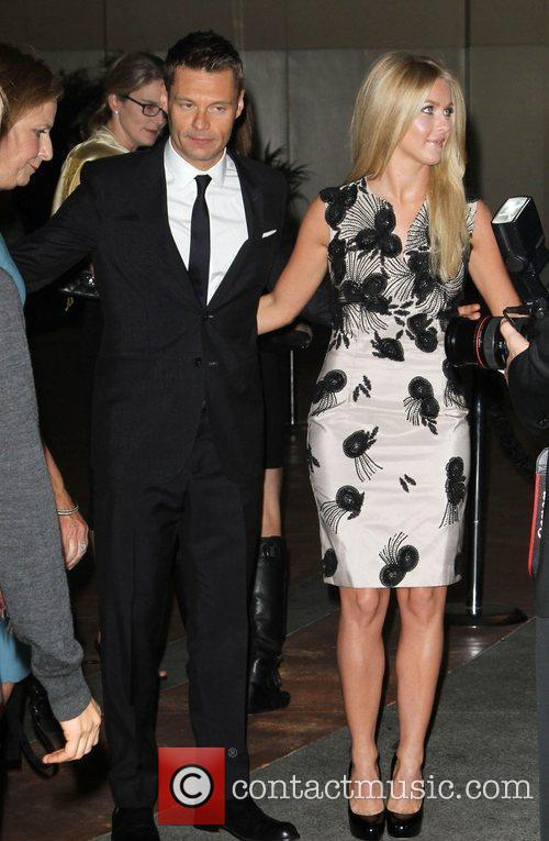 Julianne Hough and Ryan Seacrest 3