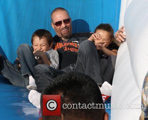 David Dossett and his children visit Mr. Bones...