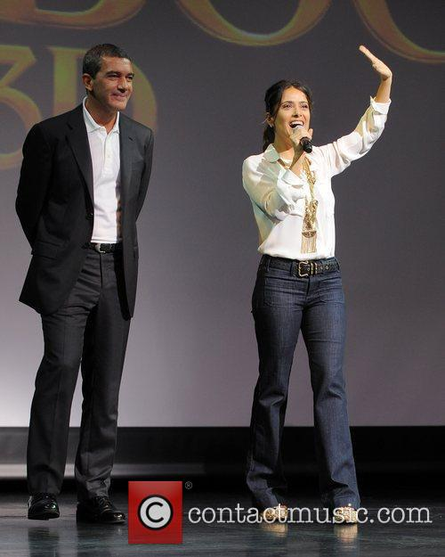 antonio banderas and salma hayek appear for 5740346