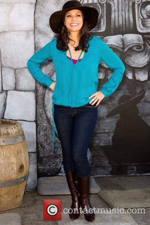 Constance Marie 13