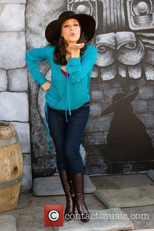 Constance Marie 16
