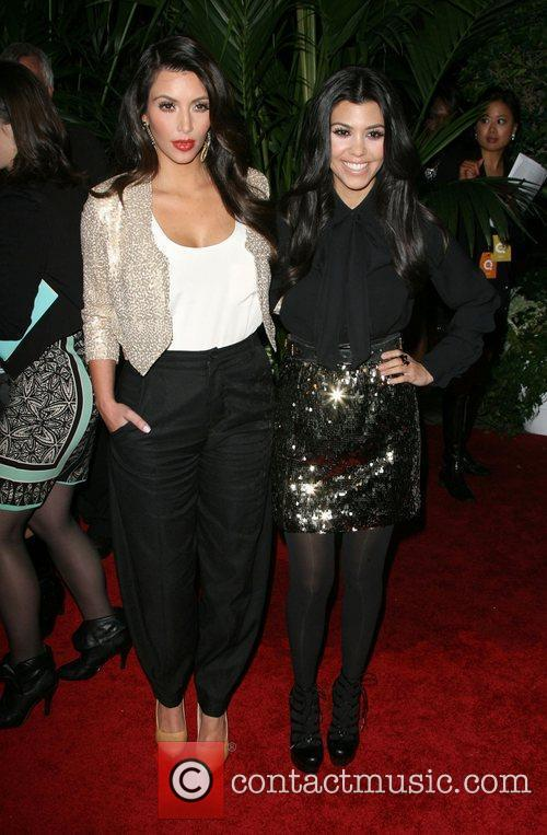 Kim Kardashian and Kourtney Kardashian 6